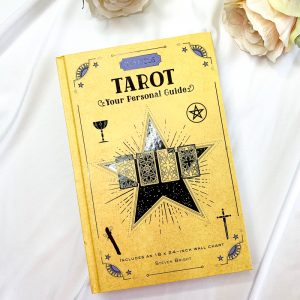 in-focus-tarot-book