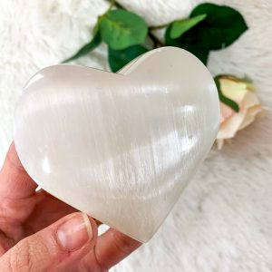 selenite-heart